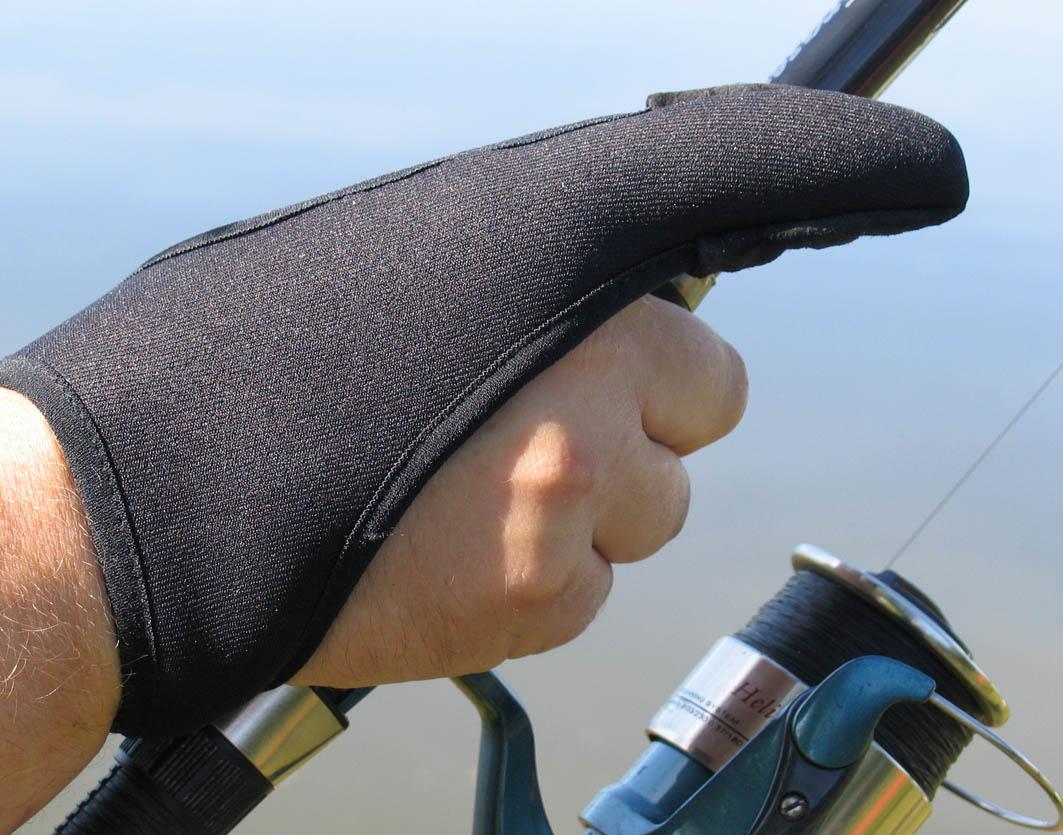 Защитная рыболовная перчатка для дальнего силового заброса ideaFisher